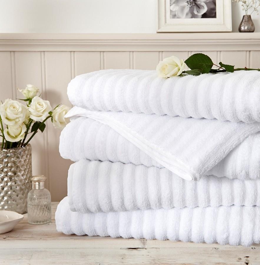 toallas-blancas-suaves